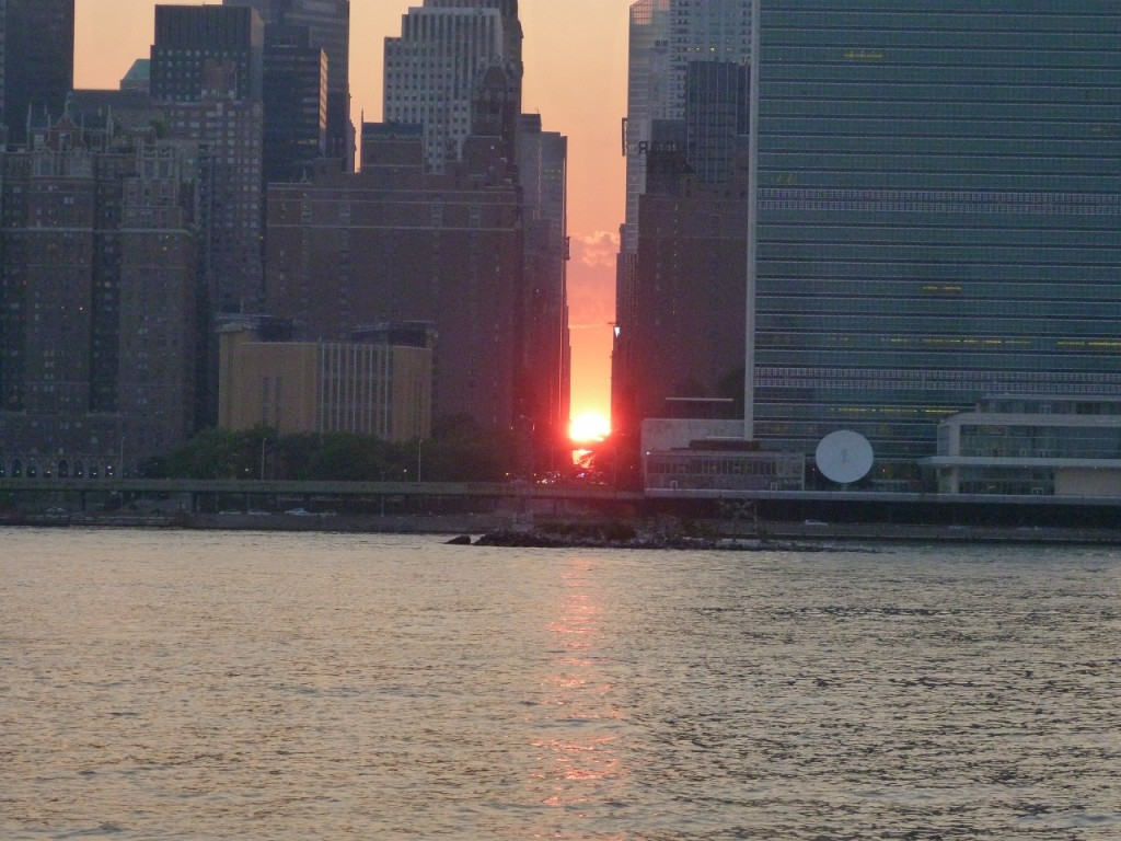 Manhattan Henge 2014 foretells the demise of 5Pointz, and the coming of Mu, Apes, and LeBron