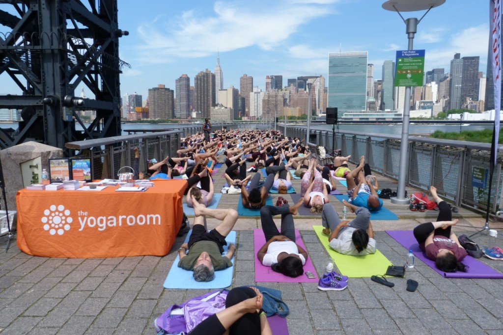 Free yoga is the only freebie you'll get on Center Blvd
