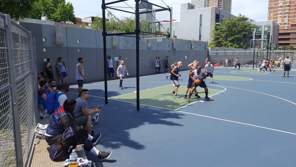 Gantry Plaza State Park basketball